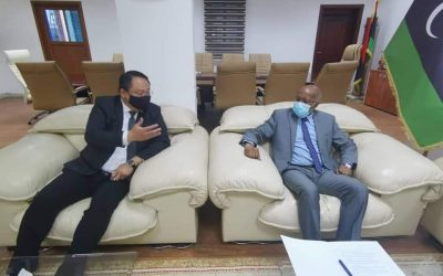 Minister of Labour discusses cooperation with Philippine ambassador